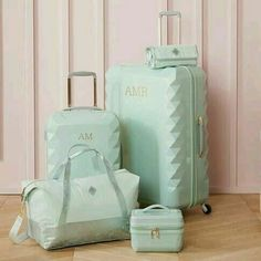 Cute Luggage, Luggage Sets, Travel Luggage, Travel Bags, Teen Luggage, Travel Packing, Hard Sided Luggage, Cute Suitcases, Mode Rose