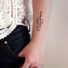 Tatouage clé de sol – la musique dans la peau