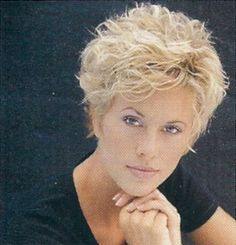 hair styles for grey hair wedge haircut from 1980 cropped wedge 5058