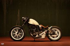 Custom Yamaha XS650 designed and built by Giovanni Niccoli.