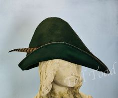 Robin Hood is an English folk hero who robbed the rich to feed the poor. These quality Robin Hood hats come in many colors and sizes for adults and children. Good for Robin Hood costumes, bow hunting and archery in addition to cosplay. Toad, Cool Costumes, Hunter Green, American Made, Robin, Hats, Fursuit, Awesome, Amazing