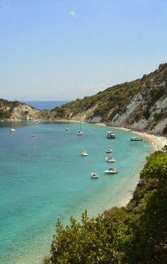 Ithaca Island, Greece. aquí quería ir ulises, no? pues yo tb!