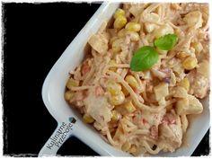 Sałatka z selerem konserwowym, kurczakiem i papryką Pasta Salad, Ethnic Recipes, Food, Crab Pasta Salad, Essen, Noodle Salads, Yemek, Meals