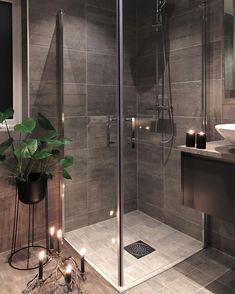 276 mentions J'aime, 8 commentaires - Natalie Giske Skrede (Atsushi Nagase. Timeless Bathroom, Modern Bathroom, Small Bathroom, Master Bathroom, Home Room Design, Bathroom Interior Design, House Design, Bad Inspiration, Bathroom Inspiration