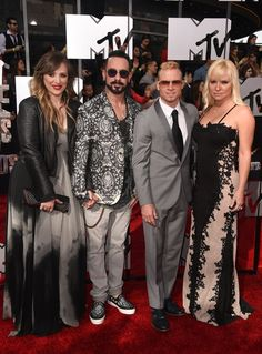 Pin for Later: Ganz Hollywood kommt zum roten Teppich der MTV Movie Awards AJ McLean and Brian Littrell