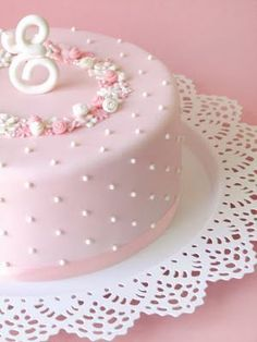 A pretty pink cake Gorgeous Cakes, Pretty Cakes, Cute Cakes, Amazing Cakes, Fondant Cakes, Cupcake Cakes, Sweets Cake, Baby Shower Cake Sayings, Cake Quotes