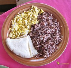 Gallo Pinto - A Traditional Costa Rican breakfast (7 month ann. surprise for my honey! he will love this!)