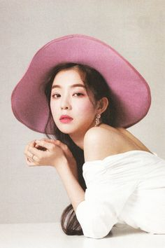 Find images and videos about red velvet, irene and bae joohyun on We Heart It - the app to get lost in what you love. Red Velvet アイリーン, Irene Red Velvet, Seulgi, Kpop Girl Groups, Kpop Girls, Divas, Red Velvet Photoshoot, Poses, South Korean Girls