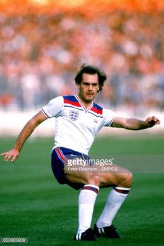 Ray Wilkins England Pictures and Photos Steve Coppell, England Kit, Ray Wilkins, Pure Football, England Football, Football Shirts, Soccer, Running, England International
