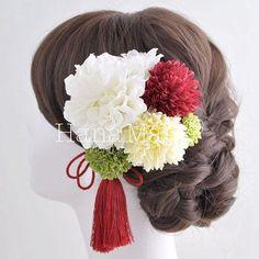 お気に入り数ランキング | 組み合わせ自由! 花の髪飾り専門店 HanaMary(ハナマリー) Hair Ornaments, Hair Comb, Wedding Hairstyles, Kimono, Hair Styles, Fashion, Wedding, Hair Decorations, Hair Plait Styles