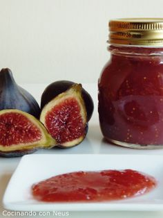 Cooking with Neus: figs jam Jam Recipes, Low Carb Recipes, Sweet Recipes, Vegan Recipes, Cooking Recipes, Recipies, Salsa Dulce, Homemade Jelly, Fruit Preserves