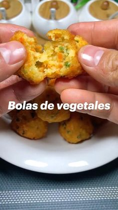 Vegetarian Recipes, Cooking Recipes, Healthy Recipes, Parmesan Potato Wedges, Veggie Side Dishes, Finger Foods, Tapas, Good Food, Brunch
