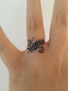 1000+ ideas about Wedding Ring Tattoos on Pinterest | Ring ...