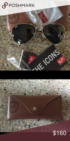 Aviator large metal RB3025 Aviator large metal RB3025 perfect condition  worn once Ray-Ban Accessories 8f063defab