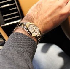 Taking this Rolex Daytona for a ride. Rolex Watches For Men, Vintage Watches For Men, Vintage Rolex, Luxury Watches, Men's Watches, Burberry Men, Gucci Men, Rolex Daytona, Tom Ford Men