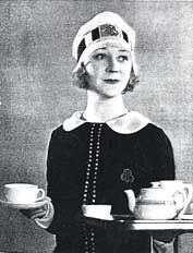 "At popular J. Lyons tea rooms in Hartlepool, England, the waittresses wore this uniform introduced in 1925, nicknamed a ""Nippy."" #tea"