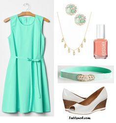 What to Wear to a Casual Backyard Wedding - Tall Snob