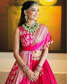 From Satlada's to Rani Haar and Kundan sets, we found the most trending jewellery ideas for real brides. Here are some bridal necklace designs ideas to help you decide your bridal jewellery. Wedding Guest Style, Classic Wedding Dress, Wedding Dress Styles, Diy Wedding, Wedding Ideas, Indian Attire, Indian Outfits, Indian Clothes, Pink Bridal Lehenga