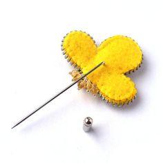 Fresh Spring Zipper Brooch Felt Flower with Aluminum by PinkiWorld