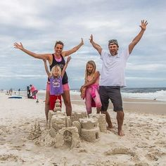 Planning to visit Gulf Shores Alabama and Orange Beach? Our complete planning guide features 12 fun things to do in Gulf Shores Alabama. Head to our blog for everything you need to know about where to eat, sleep, and play! #Alabama #BeachVacation #BeachVacationIdeas #AlabamaVacation #TravelTips #TravelIdeas #FamilyTravel #RoadTrips