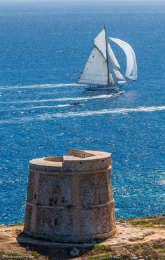 Island Yachts Broker - Panerai Boats Menorca