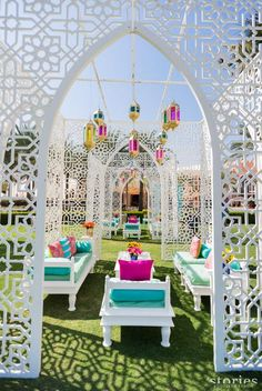 Top 10 Luxury Wedding Venues to Hold a 5 Star Wedding - Love It All Moroccan Theme, Moroccan Wedding, Moroccan Party, Wedding Mandap, Desi Wedding, Wedding Receptions, Gown Wedding, Purple Wedding, Floral Wedding