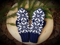 #mittens#dark#blue# Mittens, Dark Blue, Gloves, Winter, Fashion, Fingerless Mitts, Winter Time, Moda, Deep Blue