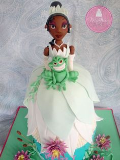 The Princess and the frog cake porcelana fria polymer clay Frog Cakes, Cupcake Cakes, Beautiful Cakes, Amazing Cakes, Barbie Cake, Dress Cake, Disney Cakes, Just Cakes, Novelty Cakes