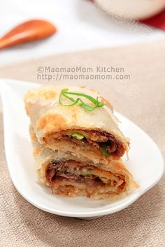 牛肉卷饼Chinese Burrito with Soy Sauce and Spices Braised Beef Shank