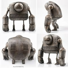 #onTOYSREVIL: Strong-Bot by Onorio DEPIRO for #toyconuk