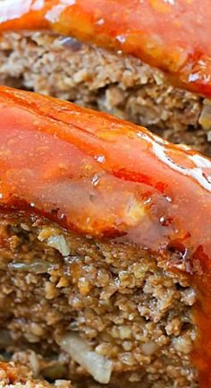 This Meatloaf Recipe is my familys FAVORITE Sunday night dinner! It really is the Best Ever Meatloaf and it is incredibly easy to make. So much flavor packed inside with a delicious glaze spread on the top! Good Meatloaf Recipe, Best Meatloaf, Meatloaf Recipes, Meat Recipes, Cooking Recipes, Recipies, Homemade Meatloaf, Amish Recipes, Dutch Recipes