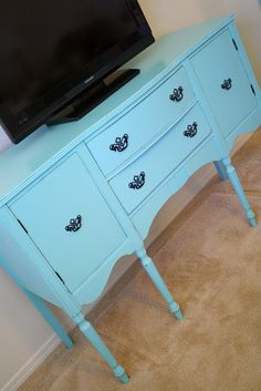 A Diamond in the Stuff: Aqua Buffet Entertainment Center