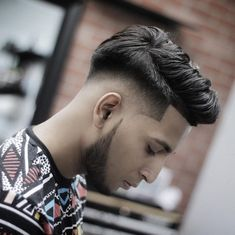 Low fades are in this year. Check out these cool looks for guys with any hair type. This post 17 Greatest Low Fade Haircuts for Men, was originally published at Latest Hairstyles Low Fade Long Hair, Long Hair On Top, Short Hair, Top Haircuts For Men, Cool Mens Haircuts, Men's Haircuts, Low Skin Fade Haircut, Undercut Hairstyles, Men Undercut