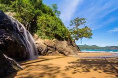 Pantai Banyu Anjlok Tiga Spot Keren Dalam Satu Tempat Wisata - Jawa Timur