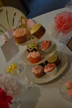 Cupcakes at baby shower