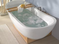 Bathtub with natural materials and gentle shades of color MY NATURE by Villeroy & Boch @Villeroy & Boch