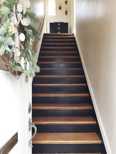 Home Sweet Deesign. Entryway Staircase With Farrow & Ball - Murphy Deesign Black Staircase, Tiled Staircase, Painted Staircases, House Staircase, Entry Stairs, Staircase Design, Wood Floor Stairs, Spiral Staircases, Black Painted Stairs