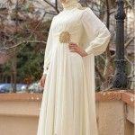 Düğün elbise modeli beyaz