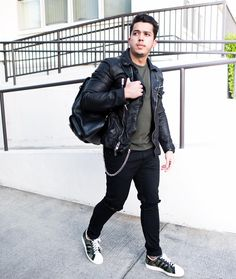 299e3e5934aa Men's Outfit Idea: Leather Jacket, Distressed Jeans and Camouflage Sneaker.  Roberto Villegas · ADIDAS Fashion