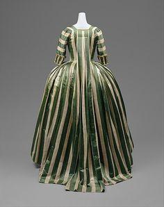 Robe à la Française 1778-1785 The Metropolitan Museum of Art