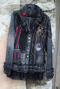 Steampunk jacket - extravagant reworked vintage jacket, wearable art, hand embroidered and beaded details - jeans aufpeppen - Jackets Mode Hippie, Bohemian Mode, Altered Couture, Denim And Lace, Look Fashion, Diy Fashion, Steampunk Jacket, Denim Ideas, Moda Vintage