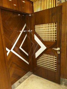New Main Door Design Modern Decor Ideas Modern Entrance Door, Main Entrance Door Design, Modern Wooden Doors, Wooden Front Doors, Wooden Door Design, Modern Door, Entry Doors, Wood Doors, Barn Doors