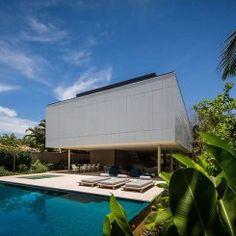 Casa por Studio MK27 eleva materiais simples a um novo nível