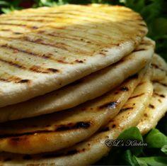 EL's Home Cooking: Пърленки с масло и шарена сол