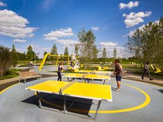 James Corner Field Operations designs an iconic circular park for the Philadelphia Navy Yard Philadelphia Navy Yard Central Green by James Corner Field Operations – Inhabitat - Sustainable Design Innovation, Eco Architecture, Green Building Architecture Design Concept, Hotel Architecture, Urban Landscape, Landscape Design, Parque Linear, Sport Park, Gardening Courses, Urban Park, Parking Design