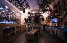Diez más de tiendas de bicicletas más fresco del mundo | CyclingTips