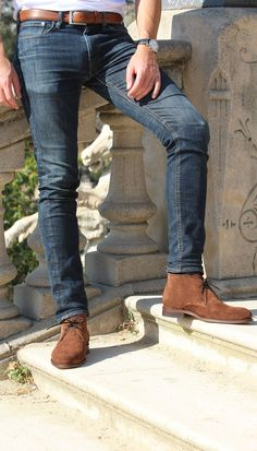 Jules & Jenn - Les Desert Boots cuir daim marron #fashion #mode #durable #boots #men • www.julesjenn.com