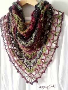 hoppingStill: South Bay Again Tutorial http://www.ravelry.com/patterns/library/south-bay-shawlette ༺✿Teresa Restegui http://www.pinterest.com/teretegui/✿༻