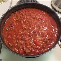 Flatlander Chili - Chili.com  There are some vegetarian who still prefer to eat something spicy. If that is the case, they would prefer that it contains no meat but you may wonder if...