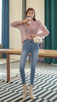 Bell Sleeves, Bell Sleeve Top, Skinny Fashion, Korean Style, Bell Bottoms, Bell Bottom Jeans, Korean Fashion, Girl Fashion, Tights